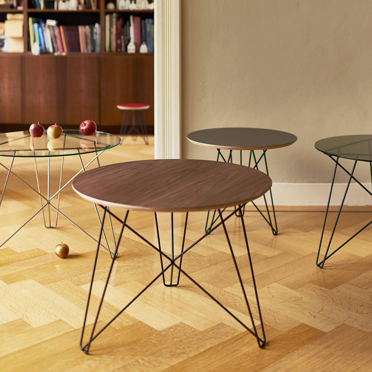 2 Glazen Bijzettafeltjes.Ijhorst Side Tables Spectrum Design